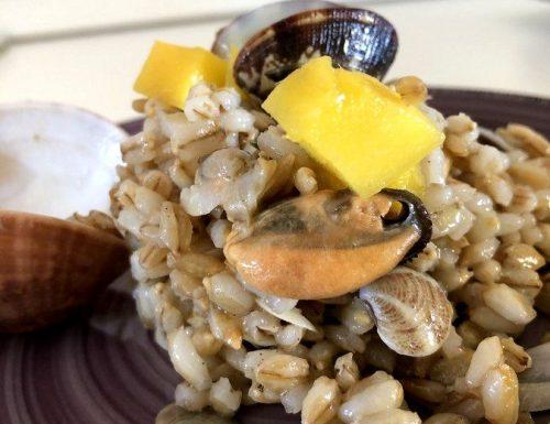 Orzo perlato con frutti di mare al profumo di mango