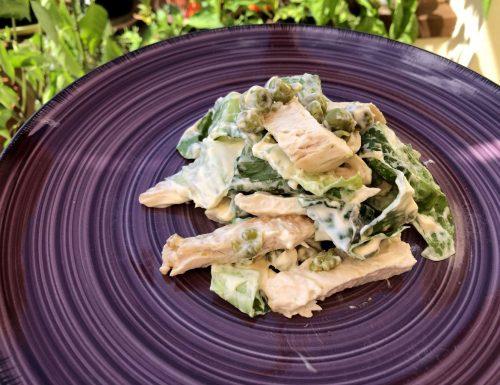 Insalata di pollo, diamo un poco di fresco al pranzo