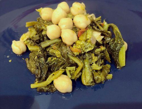 Cime di rapa e ceci, un piatto dal gusto Mediterraneo