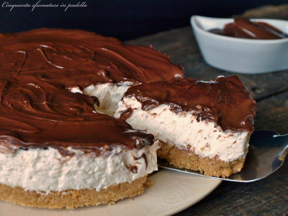 Torta fredda mascarpone e crema spalmabile alla nocciola
