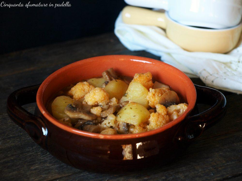 Zuppa di funghi patate e cavolfiore