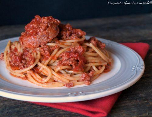 Spaghetti al ragù di cotechino