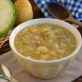 zuppa cavolo patate e salsiccia