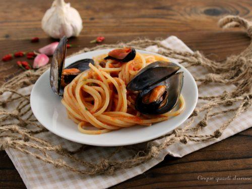 Spaghetti cozze e pomodoro