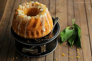 Carrot cake glassata, ricetta senza lattosio