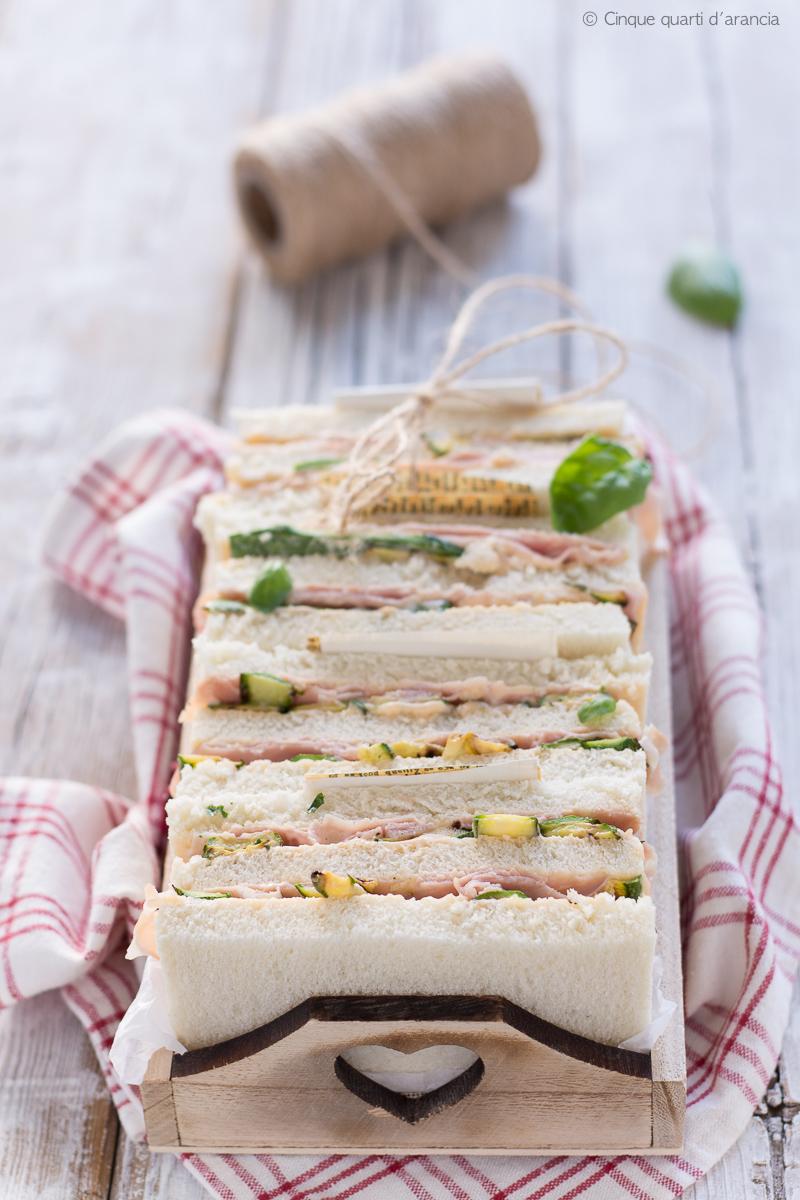 Sandwich cotto e zucchine grigliate, semplici e sfiziosi