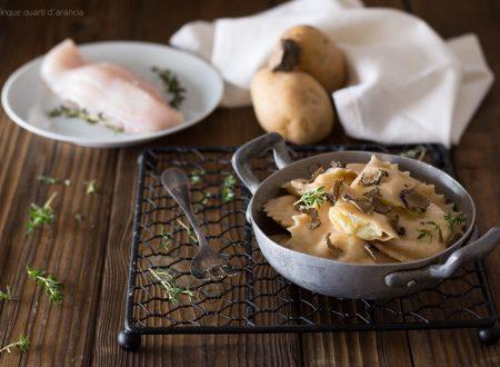 Ravioli di gallinella e patate con tartufo nero