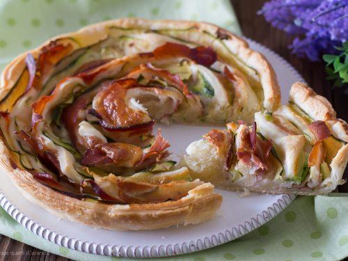 Torta spirale zucchine e speck