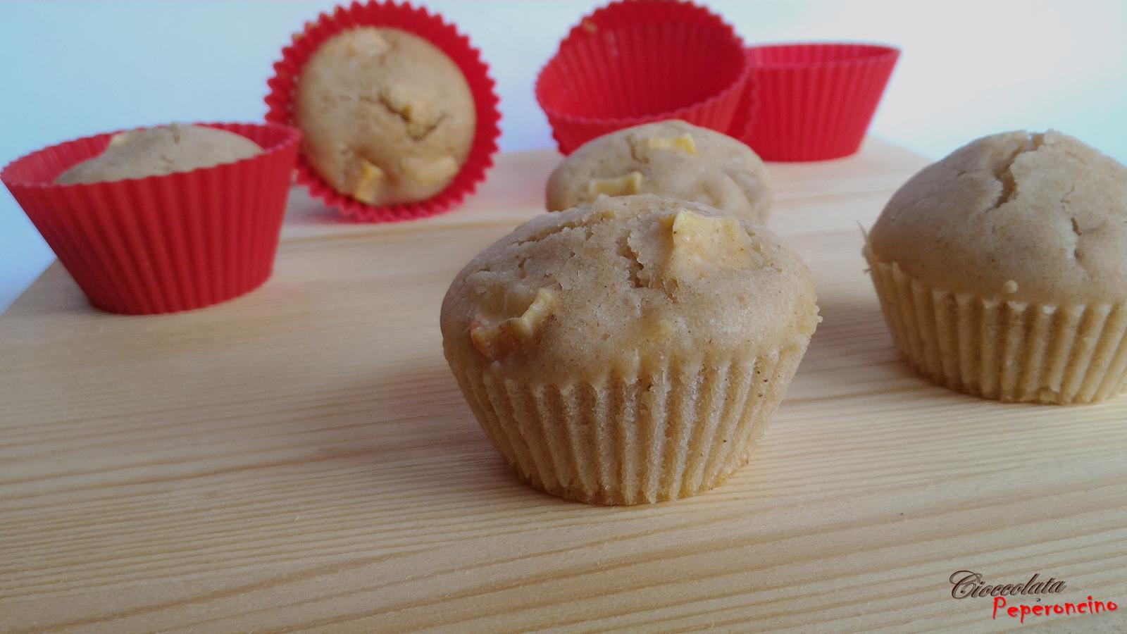 Muffin all'acqua con mele