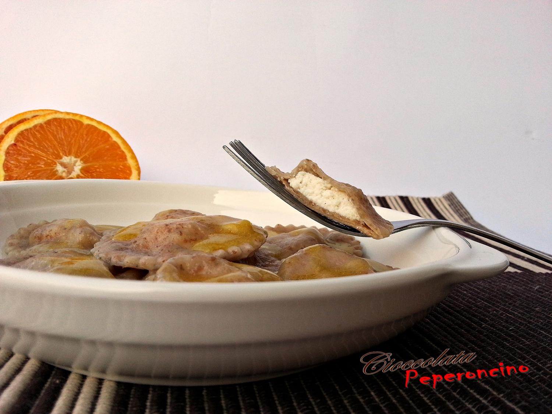 Ravioli integrali in crema di arancia