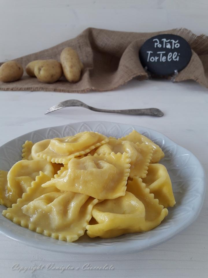 Ricetta Ravioli Patate.Tortelli Di Patate Ricetta Di Pasta Ripiena Di Reggio Emilia