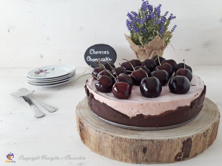 Cheesecake alle ciliegie. Un dessert fresco a base di yogurt