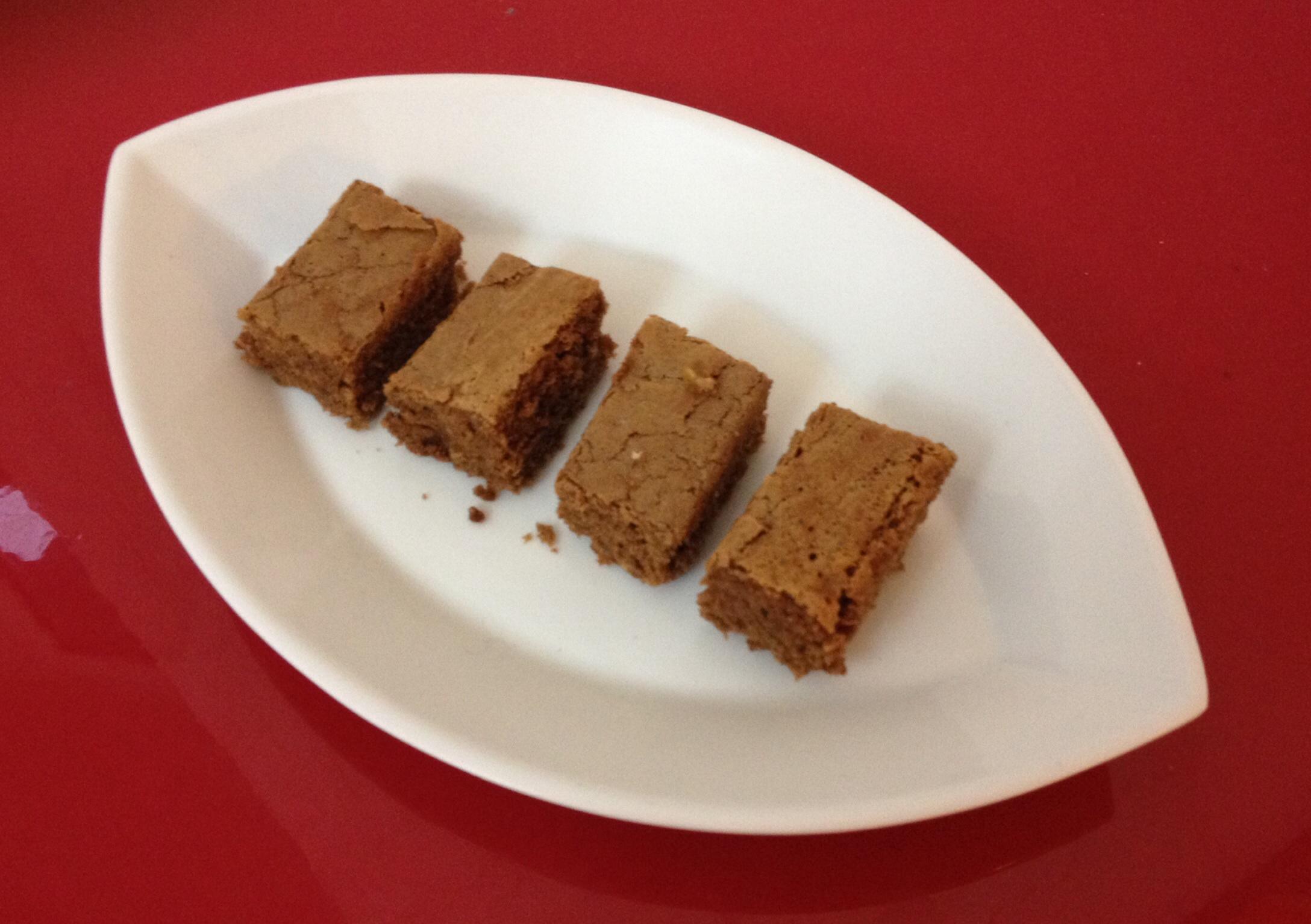 Torta cioccolato e mandorle (foresta nera)