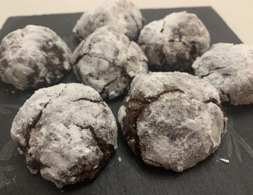 Crinkle Cookies, biscotti morbidi al cioccolato