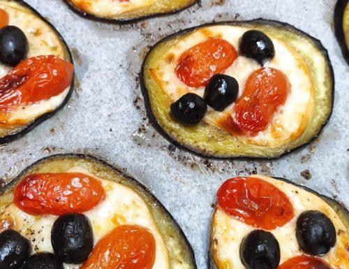 Melanzane al forno con Scamorza Affumicata , Pomodorini e Olive Nere