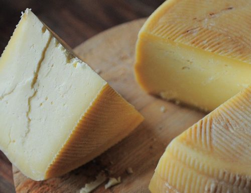Come conservare i formaggi stagionati? Ecco le regole.