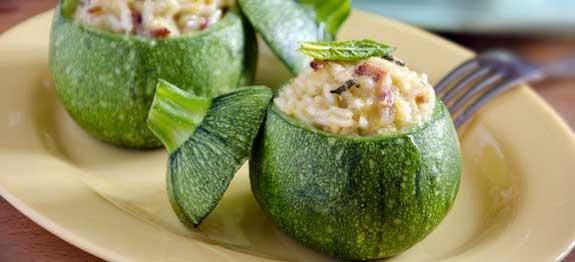 Zucchine ripiene di riso con gamberetti
