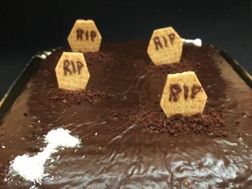 Torta cimitero, ricetta di Halloween