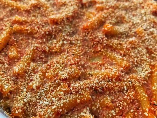 Pasta al forno con ricotta e salame