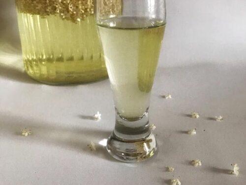 Sciroppo di sambuco, per bevande profumate