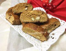 Biscotti cantucci con mandorle