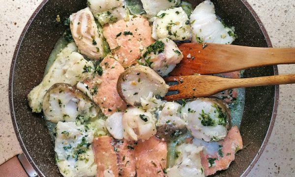 Merluzzo e salmone in padella