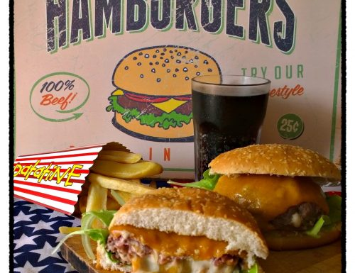 Juicy Lucy, il burger formaggioso di Man vs Food
