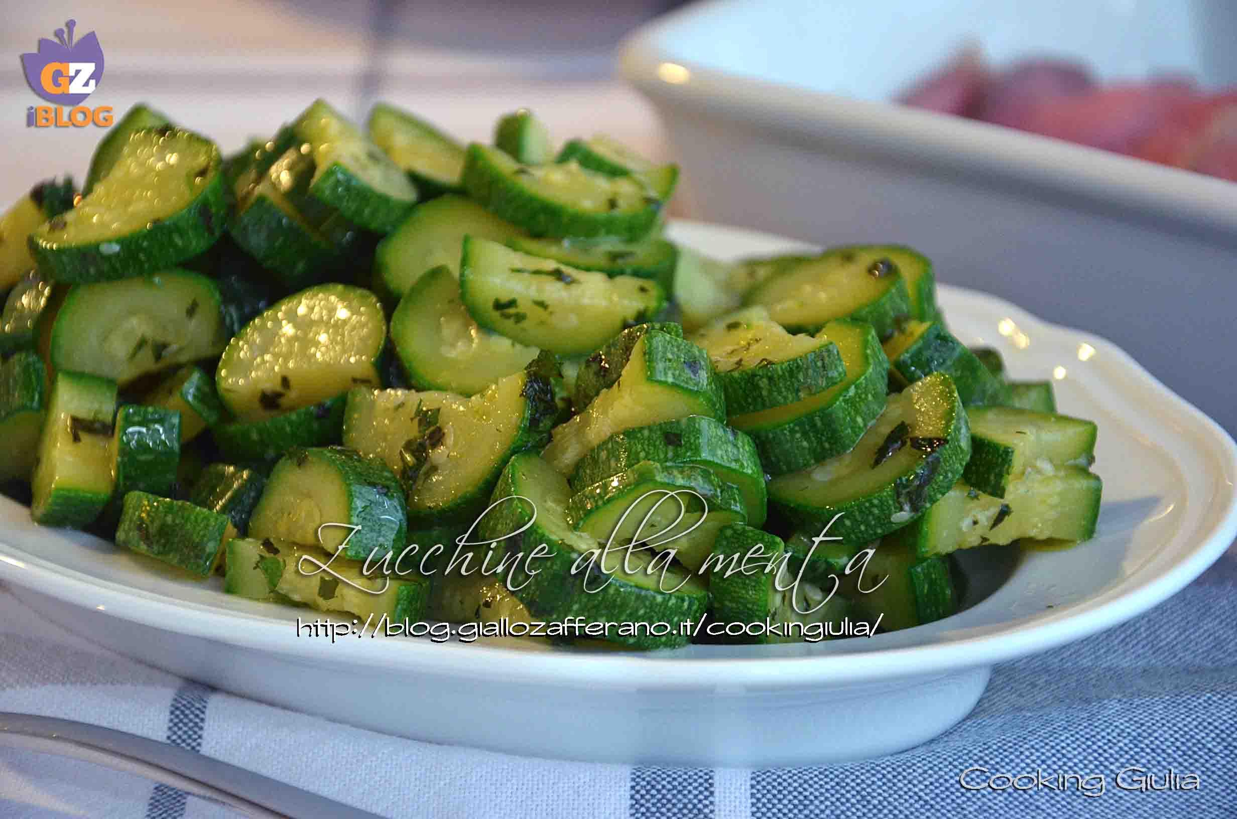 Ricetta Zucchine Bollite.Zucchine Alla Menta Ricetta Vegetariana Contorno Fresco Ed Estivo