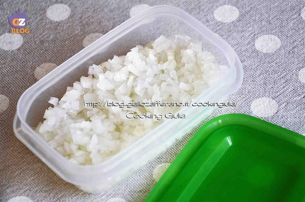 congelare la cipolla | conservare la cipolla tritatat| freezer | cipolla in freezer | cipolla tritata  | soffritto surgelato | preparato per soffritto