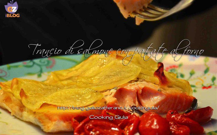 Trancio di salmone con patate al forno