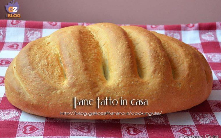 Pane fatto in casa con impastatrice
