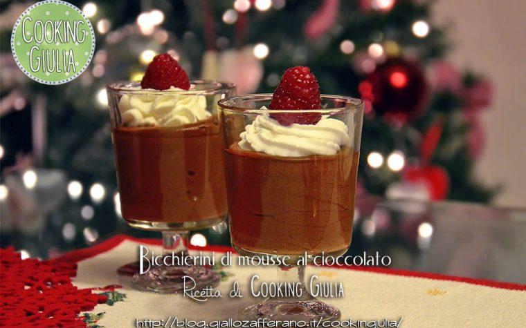 Bicchierini di mousse cioccolato fondente