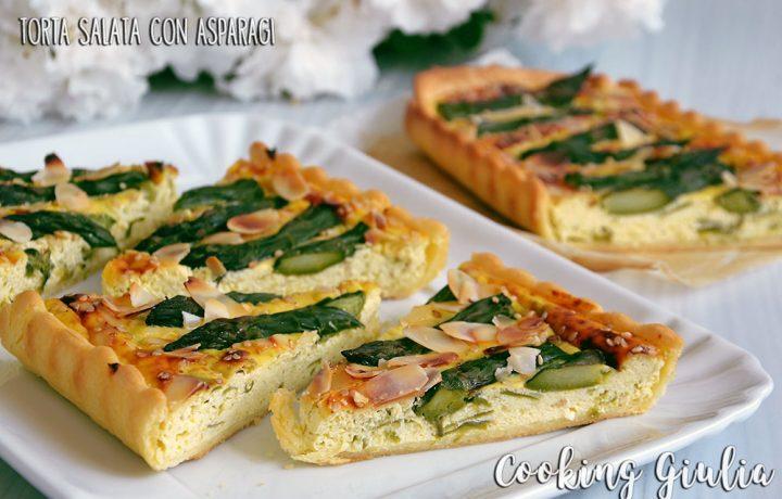 Torta salata asparagi e mandorle, ricetta per picnic