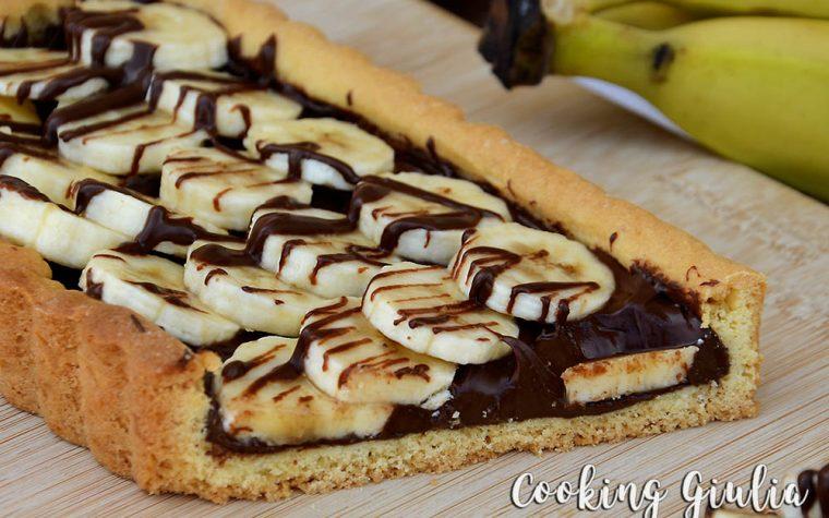 Crostata senza lattosio con nocciolata e banane