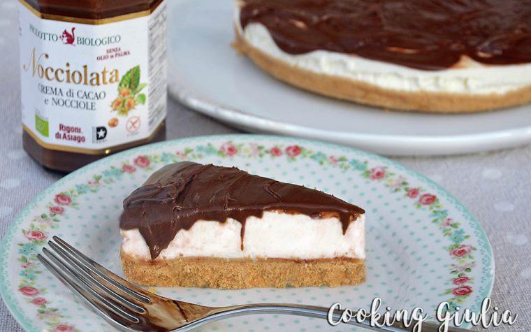 Cheesecake al cocco con copertura di Nocciolata
