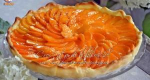 Crostata di albicocche fresche e crema pasticcera