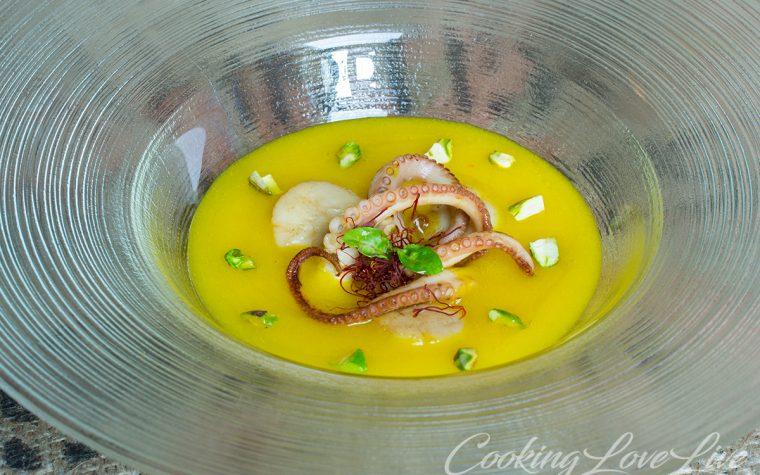 Capesante e Moscardini alla piastra su Crema di patate allo zafferano