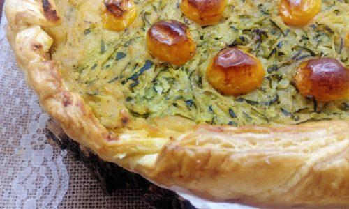 Torta salata con cicerchie, zucchine e pomodorini gialli