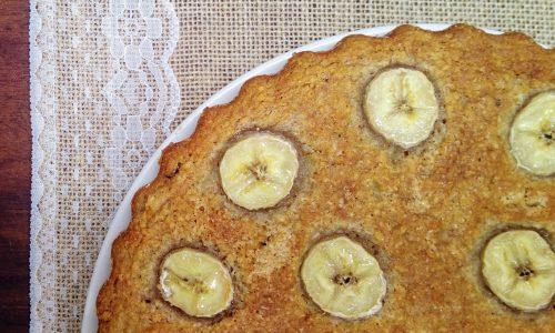 Torta alle banane con cocco e mirtilli rossi
