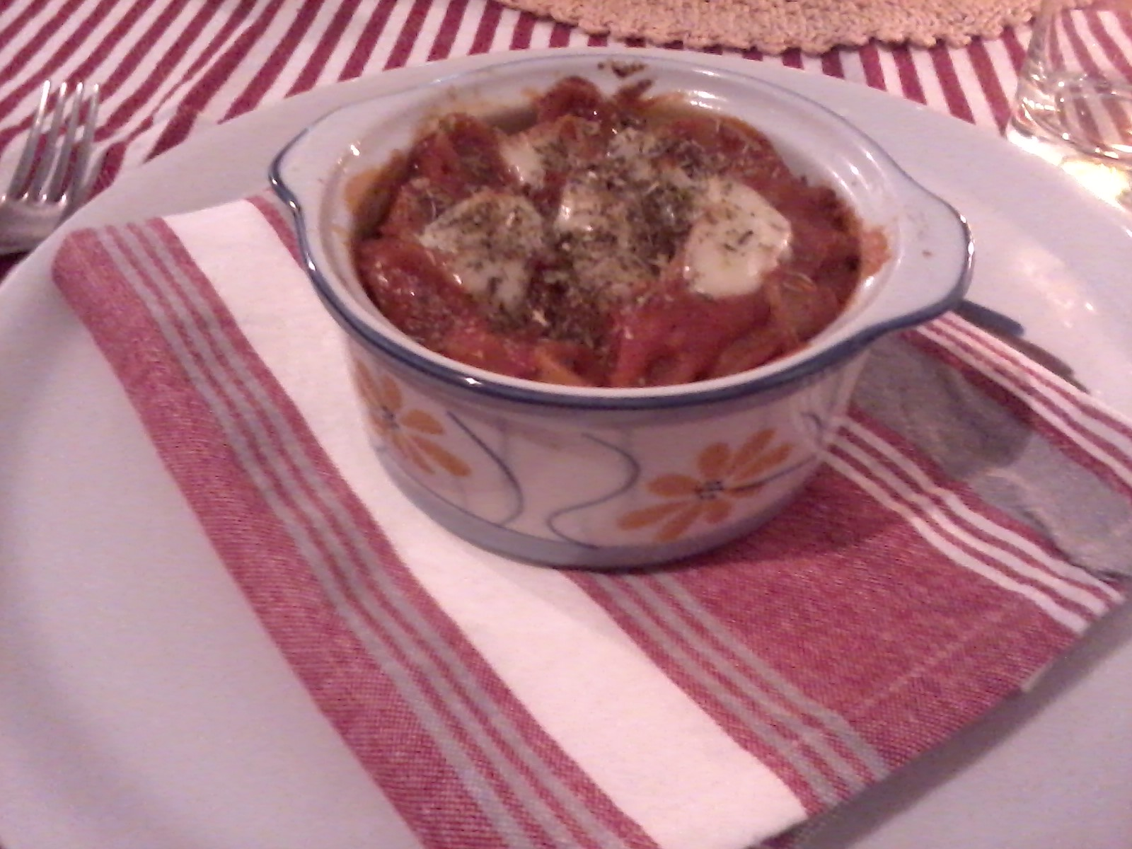 Orecchiette al forno con pummarola e mozzarella