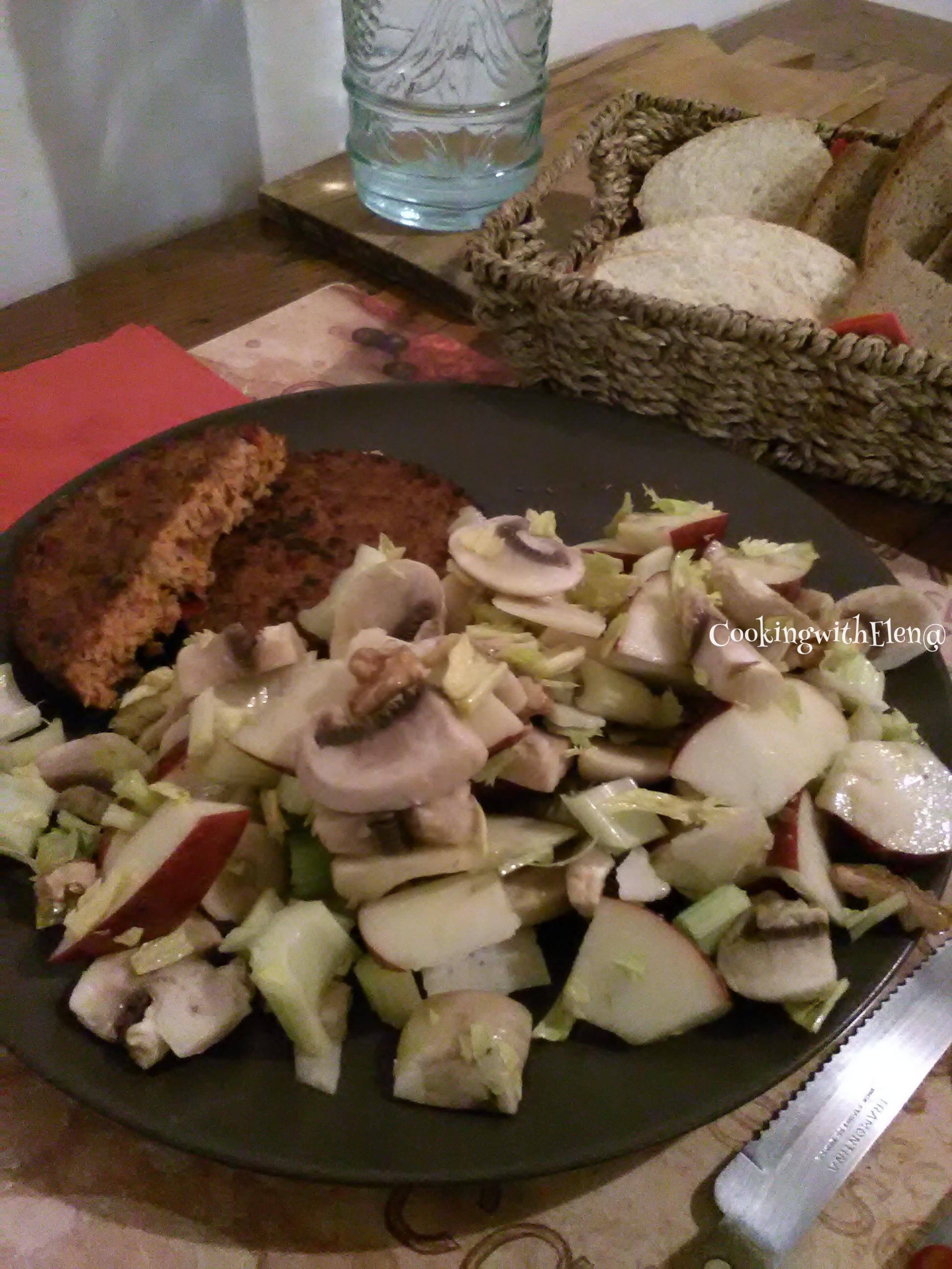 Insalata Mela,Parmigiano e..