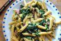Penne alla carbonara con spinaci