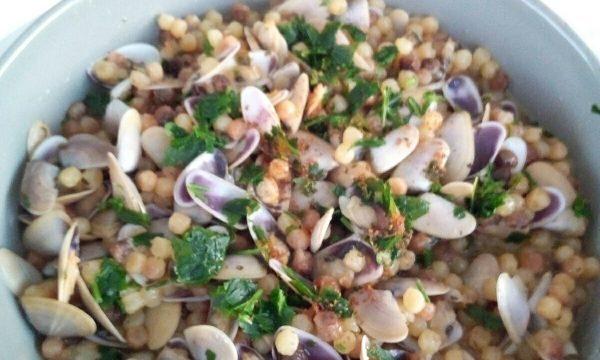 Fregola sarda con arselle versiliesi, le origini e la ricetta #cookinprogress