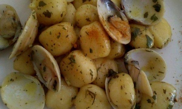 Gnocchi di patate con vongole al profumo di curry powder