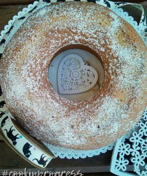 Ciambellone della Domenica o Bundt cake, il risultato è…. festa!
