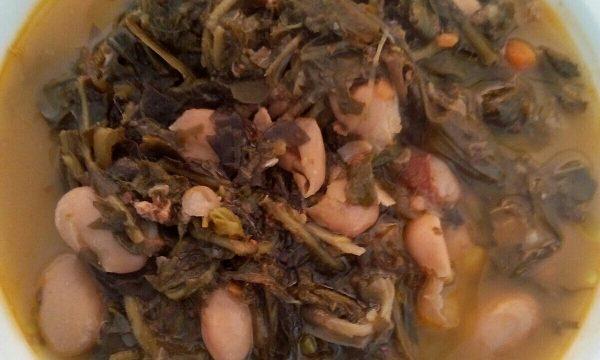 Zuppa d'erbi o Cucina, le erbe spontanee nel piatto