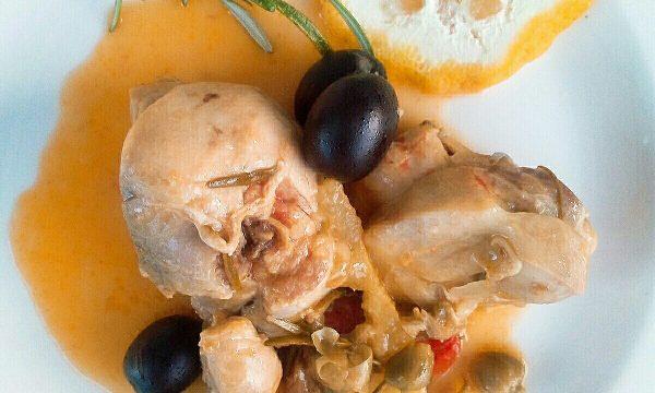 Cucina Mediterranea con pollo capperi e limone
