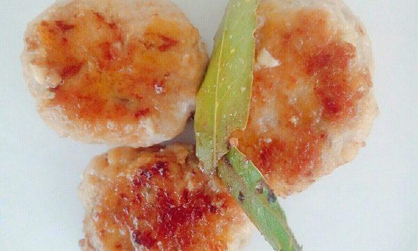 Saporite polpettine morbide di tacchino al rosmarino e alloro