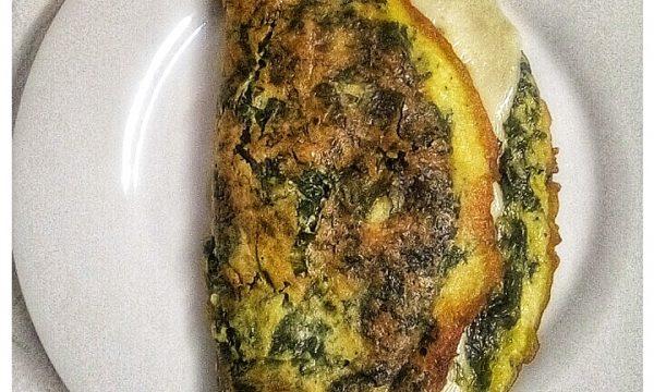 Omelette di Spinaci farcita con scamorza dolce