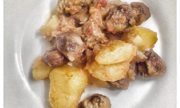 Spezzatino di Manzo con Patate Rosse e Castagne